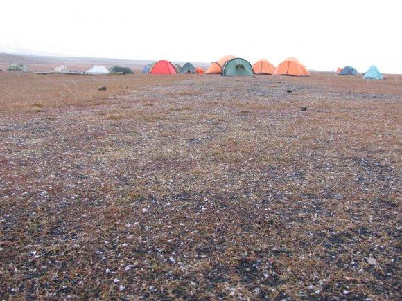 Der erste Schnee auf dem Campingplatz läutet den Winter ein